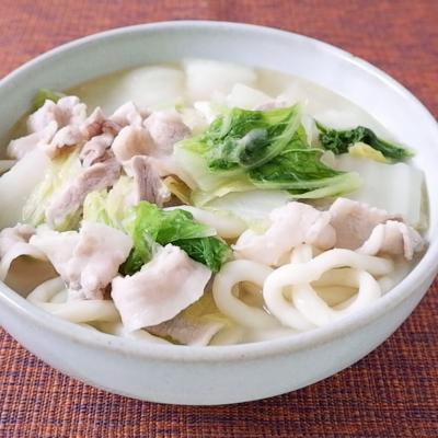 トロトロ白菜と豚バラの煮込みうどん