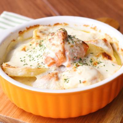 爽やかな風味 サーモンとポテトのヨーグルトグラタン