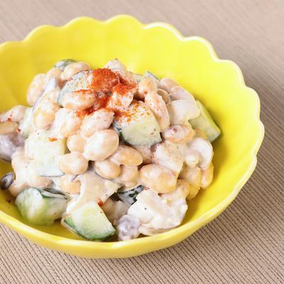 豆乳ドレッシングで 大豆とキノコのサラダ