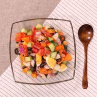 カラフル野菜!ドレッシングも手作りのチョップドサラダ