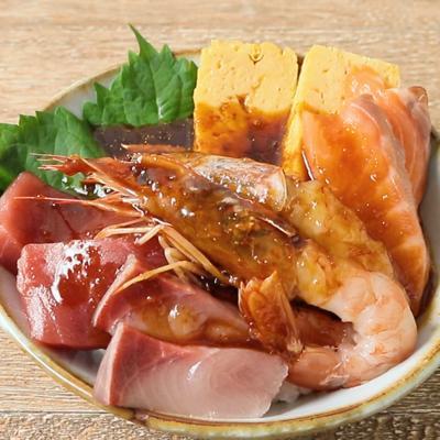 ピリ辛ダレで韓国風海鮮丼