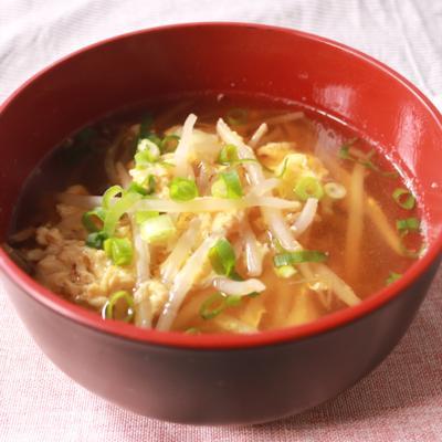 心も体も温まる もやしの和風たまごスープ