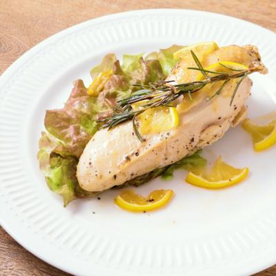 鶏むね肉のレモンペッパーソテー