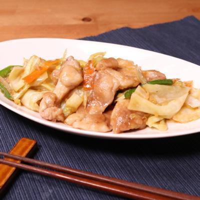 鶏もも肉とオイスターソースで肉野菜炒め