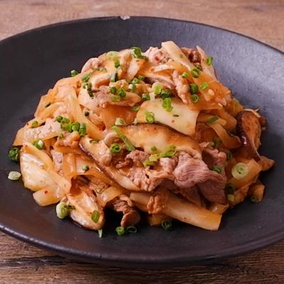 大根と豚こま肉の旨辛キムチ炒め