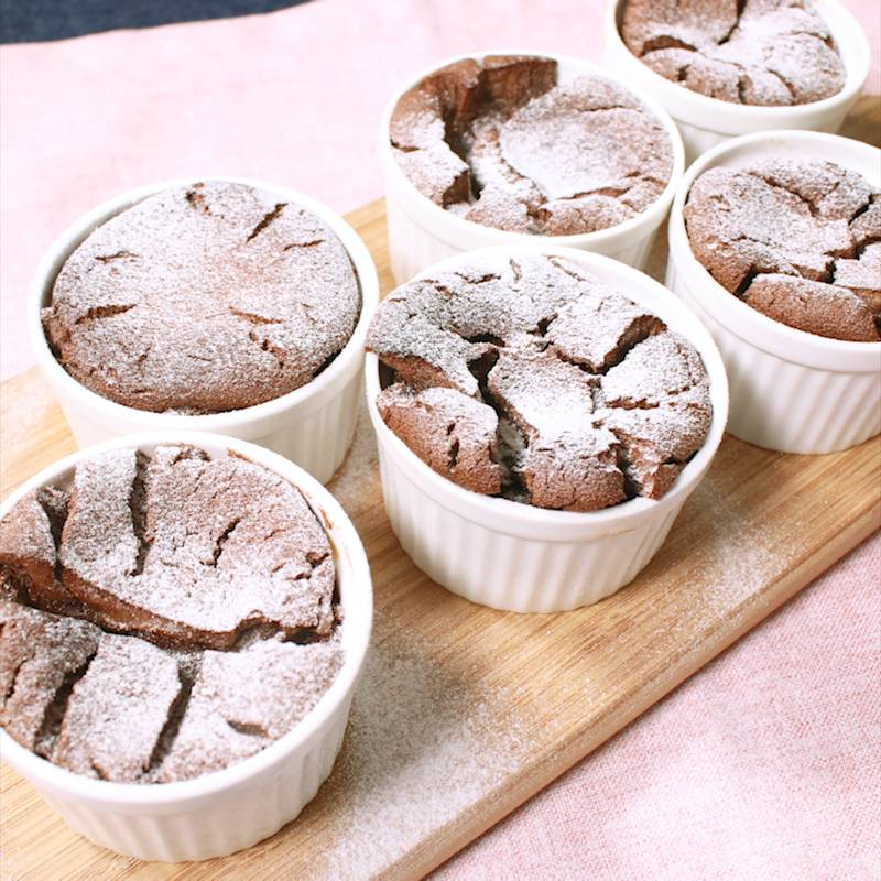 ショコラ 簡単 フォンダン 人気の濃厚とろとろフォンダンショコラの作り方。小麦粉なし!生クリームなしの超簡単レシピ!