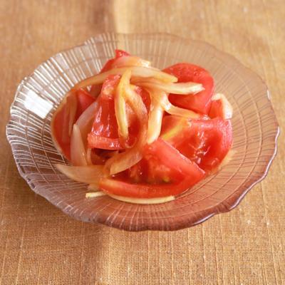 トマトと玉ねぎの和風サラダ