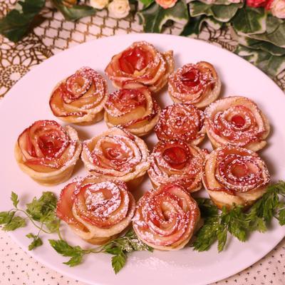 可愛い!材料5つでバラのアップルパイ