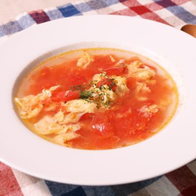 トマトとにんにくのスープ