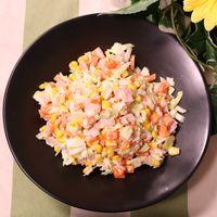 彩鮮やか!キャベツのコールスローサラダ