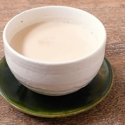 黒蜜入り ほうじ茶ロイヤルミルクティー