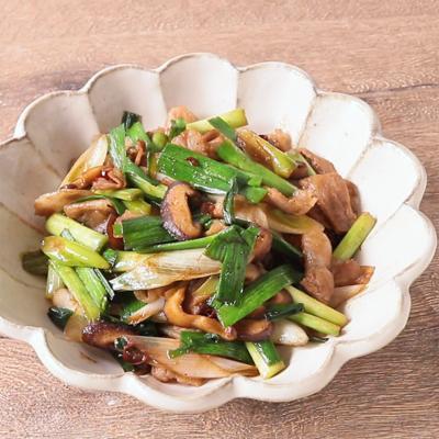 葉ニンニクと豚バラ肉の花椒炒め