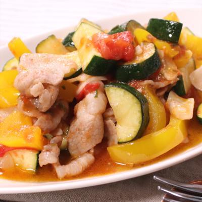 夏野菜と豚肉のローズマリー炒め