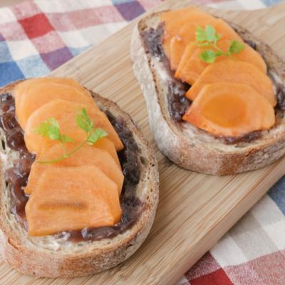 柿とつぶあんのスイーツトースト