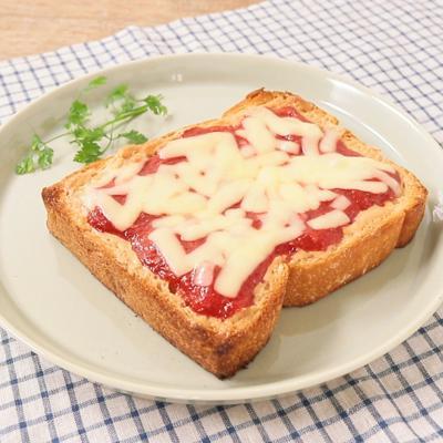ツブツブいちごジャムとピーナッツバターのトースト
