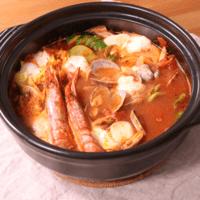 とろとろモッツァレラde海鮮ハーブトマト鍋