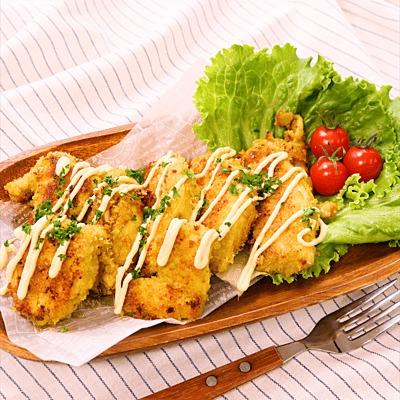 節約食材がちょっと豪華に!カレー味の鶏むね肉パン粉焼き