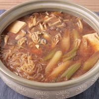アツアツ 牡蠣の味噌土手鍋