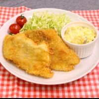 白身魚のフライ タルタルソース添え