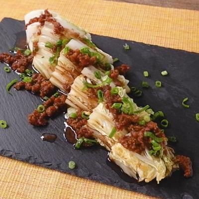 中華風カリカリ豚ソースで 白菜のごろっと焼き
