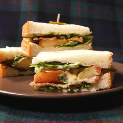 豚バラとリンゴのシャキシャキ水菜サンド