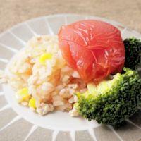 丸ごとトマトとブロッコリーのチキンピラフ