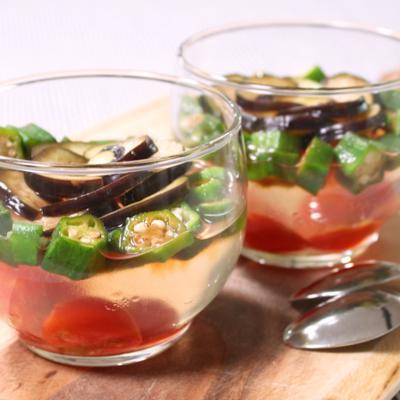 おもてなしに!夏野菜のサラダゼリー