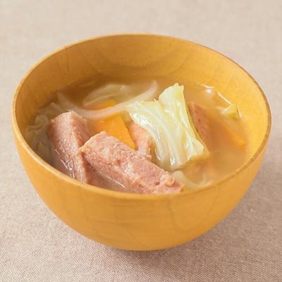 沖縄風 ポークランチョンミートのお味噌汁