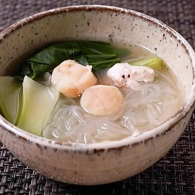 干し貝柱と春雨のスープ