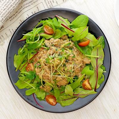 サバ缶で味噌マヨネーズのデリ風サラダ