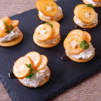 簡単おつまみ金柑のクリームチーズカナッペ