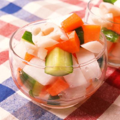 スッパ美味い!根菜たっぷりな彩りピクルス