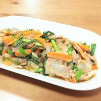 ニラと豚バラ肉のピリ辛炒め