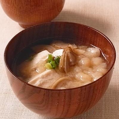ごぼうとお豆腐の味噌汁