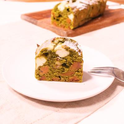 干し柿とクリームチーズの抹茶パウンドケーキ