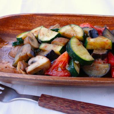 アンチョビバターの野菜炒め