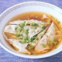サバの味噌煮缶を使ったワンタンスープ