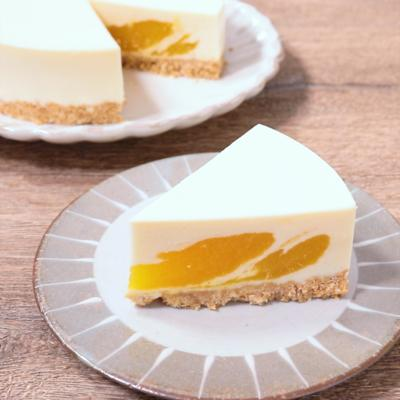 マンゴー模様がかわいいレアチーズケーキ