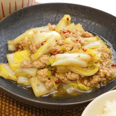 ごはんが進む 白菜とそぼろの炒め煮