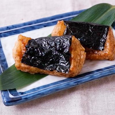 しょうゆが香ばしい 揚げ餅磯辺焼き風