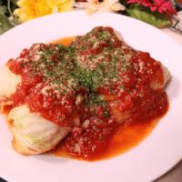 鶏肉を巻くだけ!ロールキャベツのトマト煮