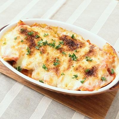 餃子リメイク とろーりチーズとトマトのラザニア風