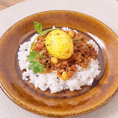 ひき肉と卵のスパイスカレー