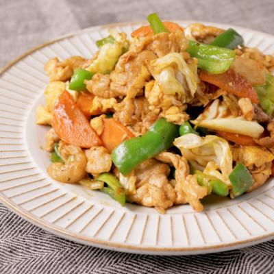 豚こま切れ肉と卵のふんわり甜麺醤炒め