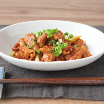 豚もつと長ねぎの韓国風ピリ辛炒め
