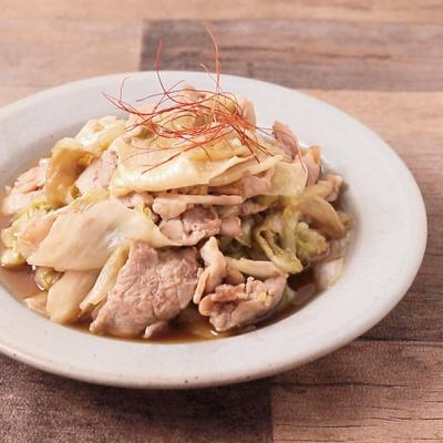 豚こま切れ肉とレタスのオイスター炒め