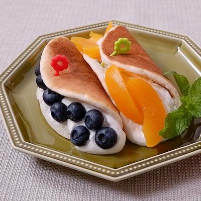 フルーツのオムレツケーキ